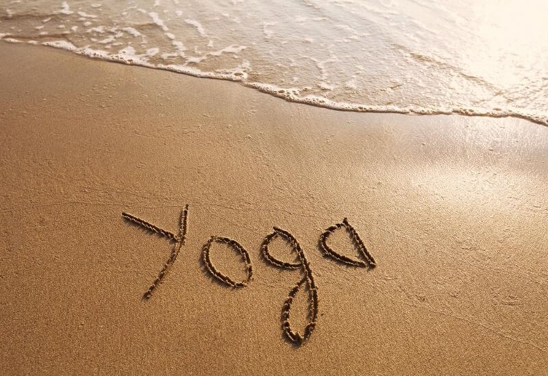 what-are-the-useful-items-for-online-yoga