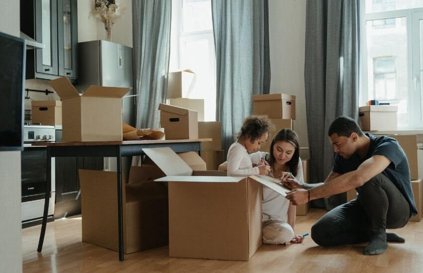 moving-packing-tips-family